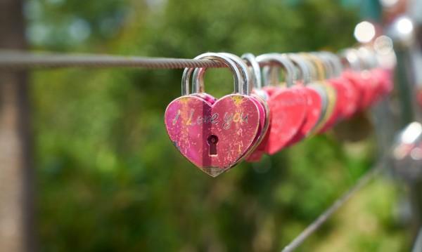 Според зодията: Защо не откриваш любовта?