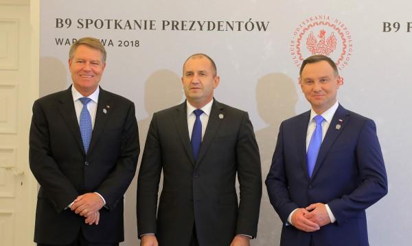 Радев във Варшава: България подкрепя усилията на НАТО