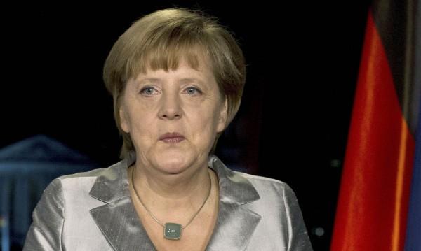 Меркел осъди убийството на германско момиче от иракчанин