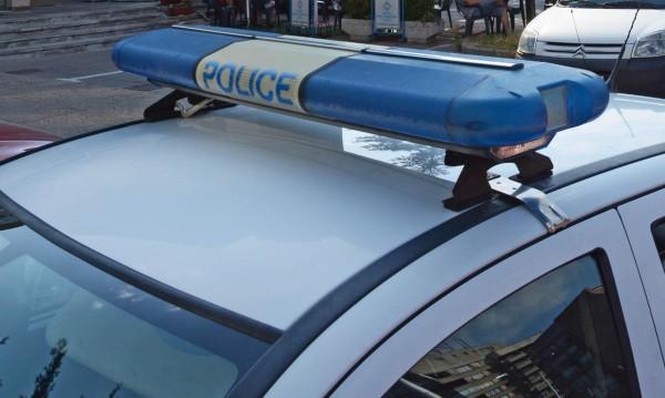 Пияни нападнаха работници с ножове и брадва в Угърчин