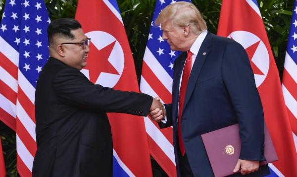Тръмп за Ким: Забележителна личност, много интелигентен!