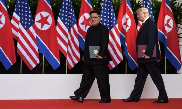 Подписано: От КНДР – без ядрени оръжия, от САЩ – сигурност