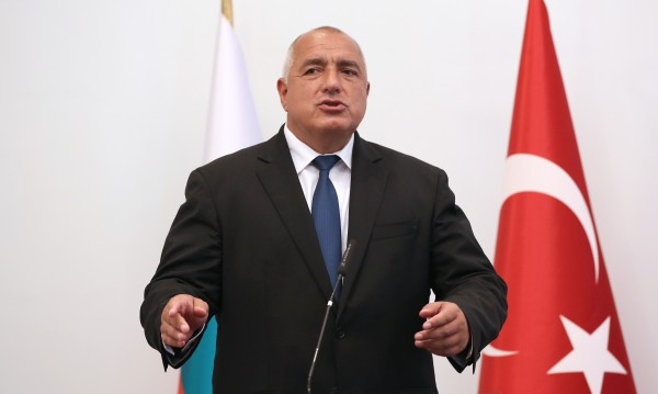 Борисов оставка не приема: Бисер Петков остава министър