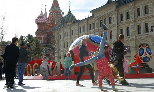 Разни страни, разни нрави. Съвети за оцеляване на Мондиала в Русия