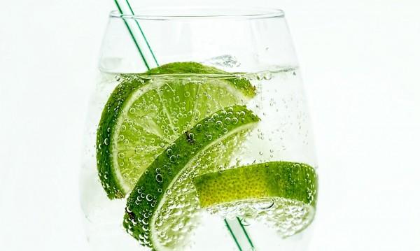 10 причини да не консумирате газирани напитки