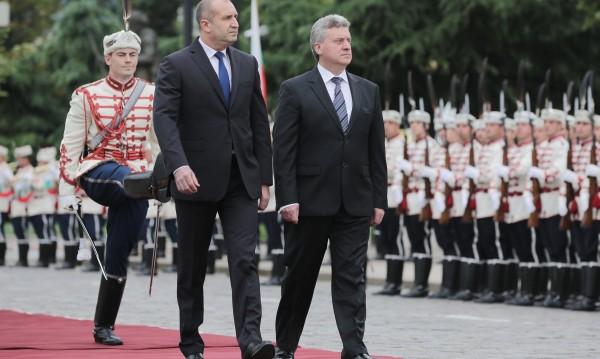 Радев зове за диалог в Скопие, иска гаранции за добросъседство