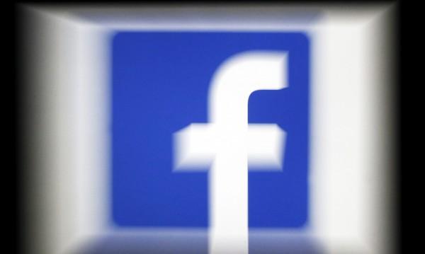 """Потребителите vs. """"токсичните"""" дебати - избягват Facebook"""