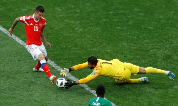 Русия победоносно постигна 5:0 над Саудитска Арабия