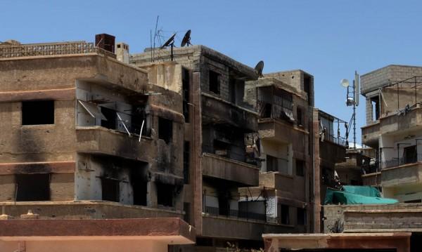 Ръководената от САЩ коалиция бомбардира източна Сирия