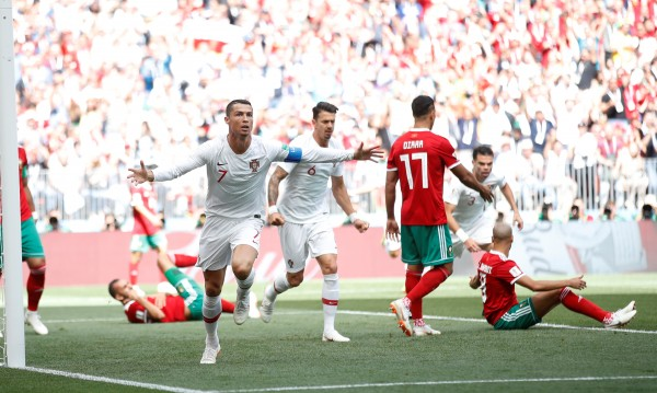 Португалия победи Мароко, Роналдо отново герой