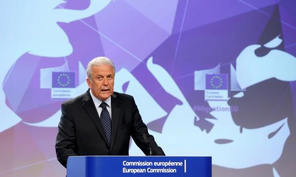 ЕС иска пари, дава мигранти на Борисов