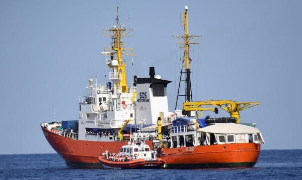 Последните дни: 220 бежанци са се удавили край Либия