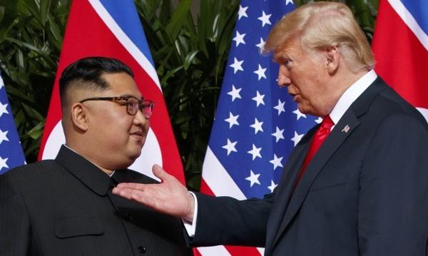 """Тръмп: Северна Корея още е """"изключителна заплаха""""!"""