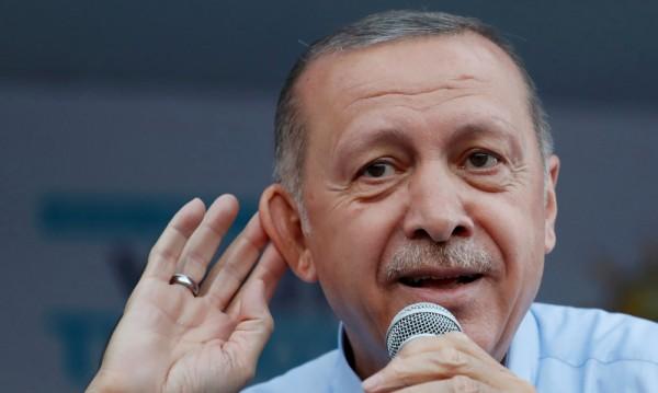 Трите лица и метаморфозите на Реджеп Ердоган през годините
