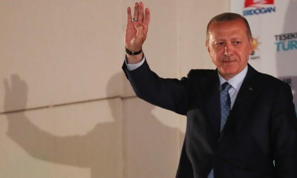 Ердоган вече тъкми новия кабинет, новото управление