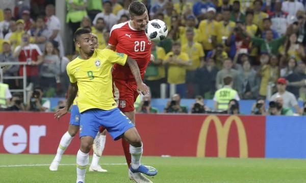 Бразилия надви Сърбия. Продължава в Мондиала