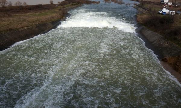 Реките и язовирите в софийско под надзор
