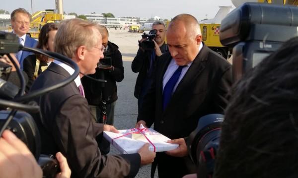 Борисов кацна в Австрия, предава еврошефството