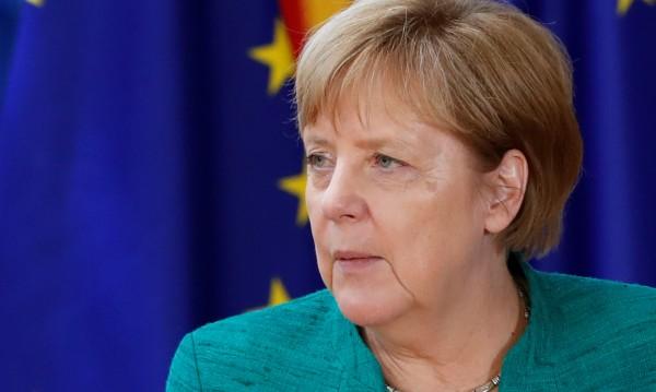 Бъдещето на Меркел в ръцете на баварските консерватори