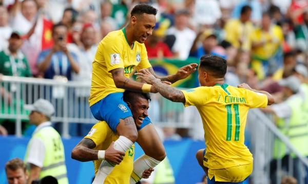 Неймар попиля Мексико! Бразилия продължава след 2:0