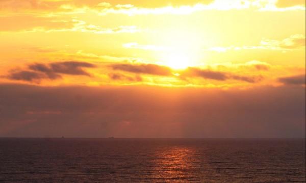 Времето утре: Облаци, слънце, дъжд...