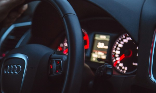 Икономични на пътя: Кой е най-добрият начин за пестене на гориво?