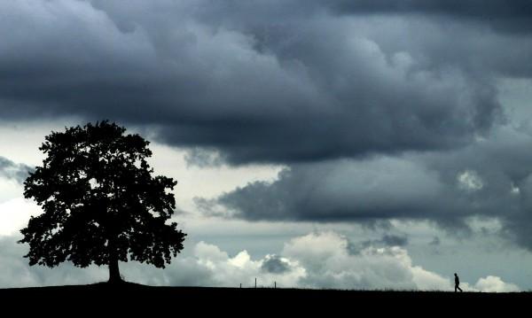Четвъртък идва с топло време, но и с дъжд и градушки