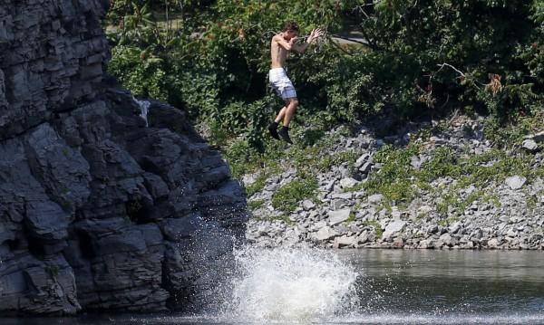 Жега в Канада, горещините стигат до 40 градуса