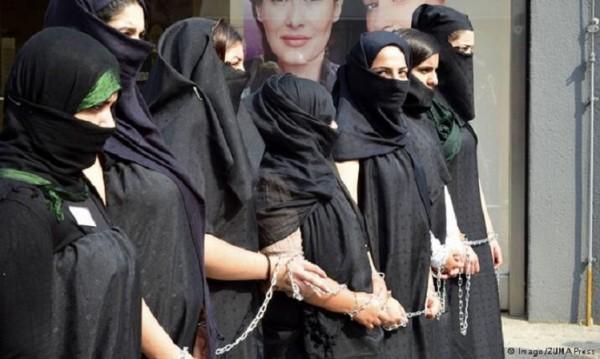 Пазителка на нравите в ИД – една германка, всявала страх сред жените