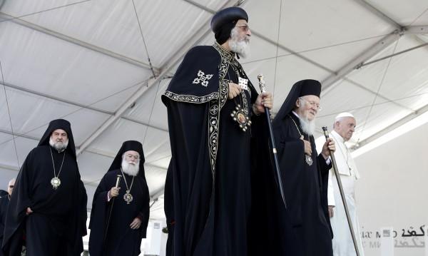 Папата се помоли за християните в Близкия изток