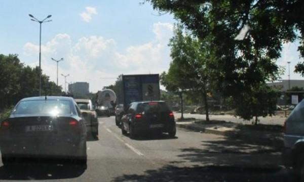 Километрично задръстване изнерви преминаващите през Бургас