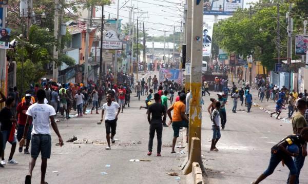 Протести в Хаити, най-малко 7 души са убити