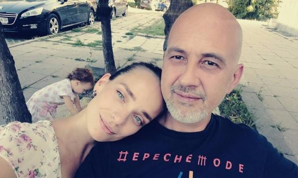 Ирена Милянкова дари половинката си Николай с момиче