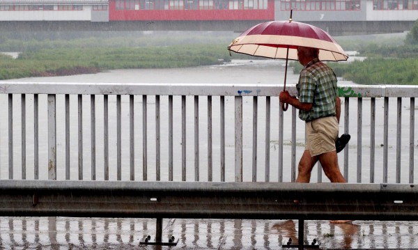 Хлад, дъжд и гръмотевици. Времето през следващите дни