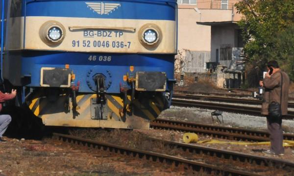 Влак блъсна и уби възрастен мъж край Бургас