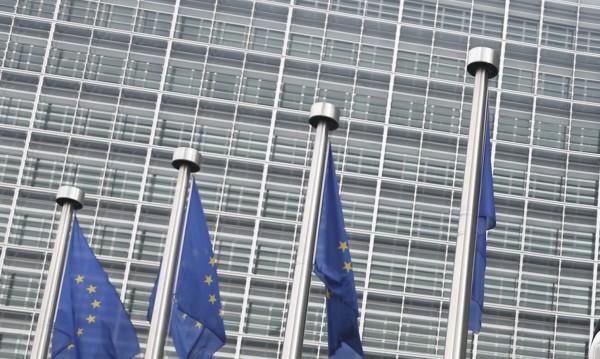 Евроскептицизъм? 37% от българите смятат, че ЕС ще се съхрани