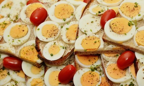 Защо е важно децата да консумират яйца?