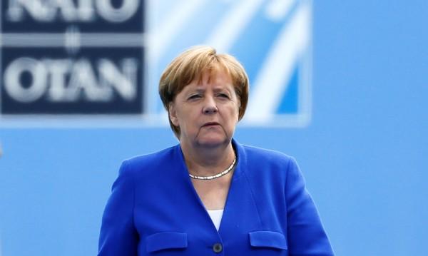 Меркел към Тръмп: Германия взима независими решения!