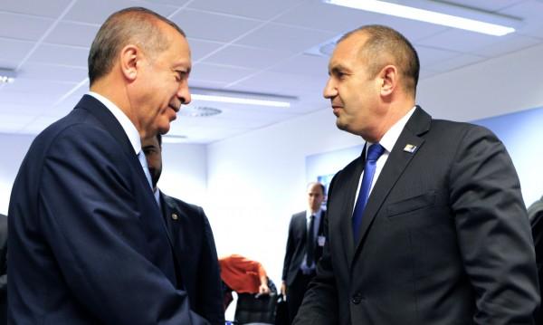 Радев говорил с Ердоган, казал му, че Турция е важен съсед за нас