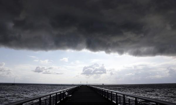 Петък, 13-ти: Слънце и дъжд, жега и бури!