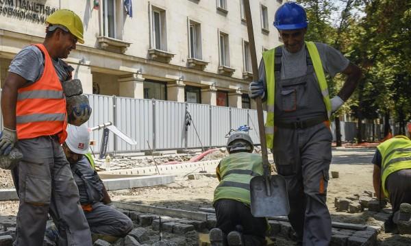 Над 2 млн. изплатили фалирали фирми на работниците си