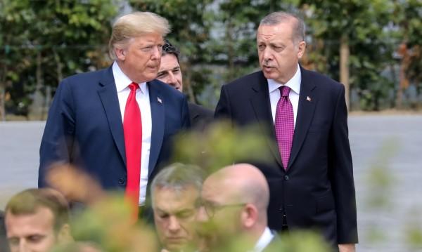 Турски печат: Тръмп пренебрегна другите, говори с Ердоган