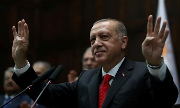 Ердоган слага ръка и върху Централната банка