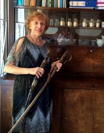 В старозагорски дом: Правнучка пази сабя на Хаджи Димитър