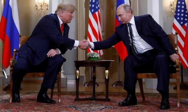 The Guardian: Срещата Тръмп-Путин води към по-мрачен свят