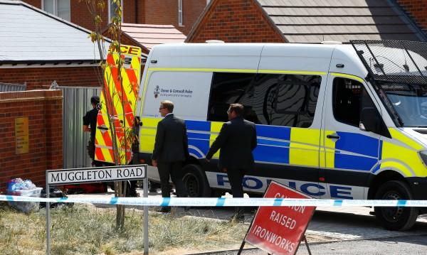 В Лондон: Жена, руски агент, е отровила Скрипал