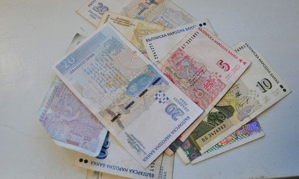 Скок с поне 10% на бюджетните заплати иска КНСБ