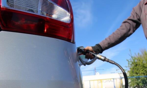Нови наредби за бензиностанциите: Зареждаш – бележка!
