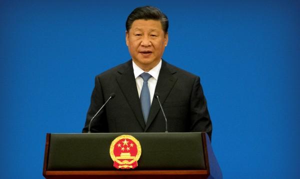 Президентът на Китай Си Цзинпин на обиколка в Африка