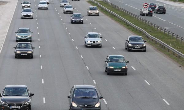 Българският шофьор - небрежен, нарушител, джигит на пътя